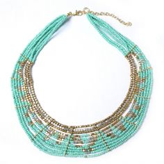 COLLIER PLASTRON PERLES Diy Collier, Bling, Turquoise Necklace, Creations, Chokers, Gemstones, Pearls, Crafting, Necklaces