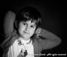 A volte non so... Le foto ai bambini sono delle ripetizioni... tutti uguali uno all'altro... stesse pose... stesse espressioni... la nostra LINEA BIMBI SO SPECIAL vuole essere diretti ai bambini, TUTTI i bambini, per far emergere la loro personalità ed il loro modo di essere a partire anche dai primi giorni di vita... CHIEDICI INFORMAZIONI sulla nostra nuova linea fotografica. www.fotochiara.it