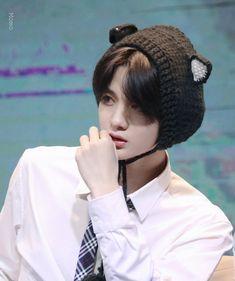 Beautiful Boys, Pretty Boys, Cute Boys, Jinyoung, Love My Kids, For Stars, Kpop Boy, Boy Groups, Sexy