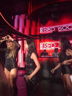Fifth Harmony on stage #NovasRedRoom
