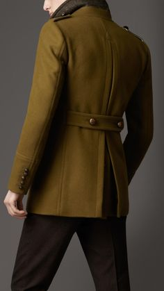 Burberry Felted Wool Pea Coat in Green for Men (military green) | Lyst