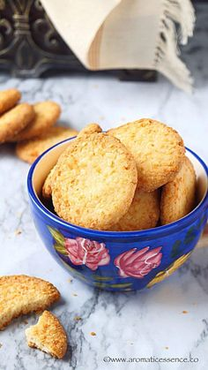 Crispy & crunchy eggless coconut cookies | Indian style coconut biscuits - Aromatic Essence
