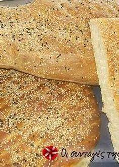 Λαγάνα πανεύκολη Greek Recipes, My Recipes, Soup Recipes, Cooking Recipes, Greek Bread, Greek Cake, Bread And Pastries, Bread Rolls, Dinner Rolls
