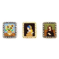 Cross stitch brooch based on pixel art. Original Japanese jewellery representing Masterpieces of painting. By Makoto Oozu Tiny Cross Stitch, Cross Stitch Designs, Cross Stitch Patterns, Kawaii Cross Stitch, Cross Stitch Kits, Embroidery Art, Cross Stitch Embroidery, Embroidery Patterns, Japanese Jewelry