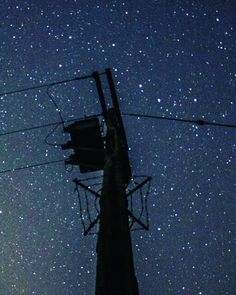 Ploughtastic!  When you are super tired but the stars draw you outside  upside down Ursa major . . #astrophoto #plough #pylon #stars #bedtime #universetoday #space #astrophotography #britains_talent #hannahbellaphotography #igersbristol #bristol by hannahbella_photography