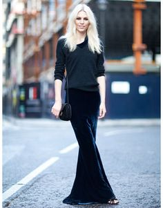 ★ //» Street Style  Aline Weber's black maxi skirt is perfected for fall in rich velvet.