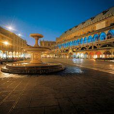 Padua - Padova, Piazza delle Erbe