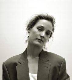 Vicky Krieps, Lady