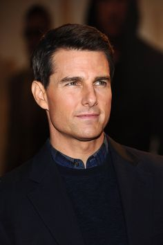 Henry Williams (Tom Cruise) - together with his wife, he owns the Bayview Inn