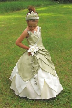 We love this Princess and The Frog Costume Dress by NeverbugCreations!