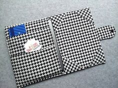 Kindle touch, Kindle Fire, Nexus 7, Nook Color tablet , Ereader cover, Book Style,  Black and White Houndstooth .. Made to order. $38.00, via Etsy.