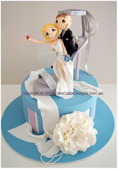 funky couple stiletto wedding cake