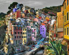 なんて美しい街なんだ。リオマッジョーレ