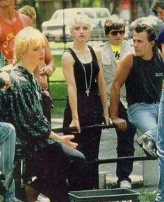 Madonna True Blue, Madonna 80s, Busy Images, Best Female Artists, 80s Trends, 80s Pop, Material Girls, Strike A Pose, Call Her