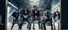bts hip thrusting. I love that this is a short clip so i have a chance to see all of them.