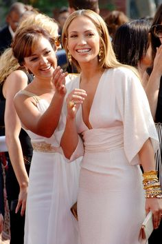Jennifer Lopez and Leah Remini's Friendship Goes Back Decades — and It Shows J Lo Fashion, Fashion Outfits, Vaquera Sexy, Beautiful Dresses, Beautiful People, Celebrity Style, White Dress, Flower Girl Dresses, Hollywood