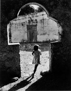 Towards the Light, Campeche, Mexico, 1963    photo byHéctor García