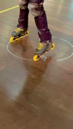 Best Roller Skates, Retro Roller Skates, Roller Skate Shoes, Roller Skating, Roller Workout, Figure Skating, Motocross, Hockey, Skateboard