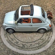 Fiat 500 – Kevin Stones – Join in the world Lamborghini, Ferrari, Fiat Cinquecento, Fiat Abarth, Peugeot, Jaguar, Benz, Fiat 500 Lounge, Porsche