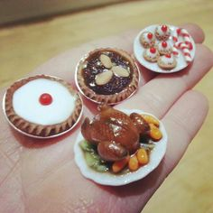 Minature christmas chicken dinner mince pie cookies food https://www.facebook.com/DeeRaaArts polymer clay sculpey fimo super sculpey