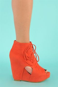 Coral Block Wedge Cut Out