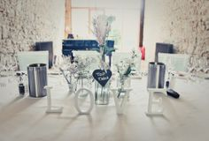 Top Table design at Notley Abbey, www.wildorchidweddingflowers.co.uk photography by Shaneen Rosewarne Cox