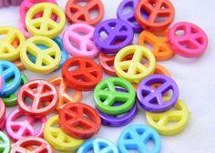 100er Mini Friedenszeichen Perlen gemischte Farbe von DIYartworld