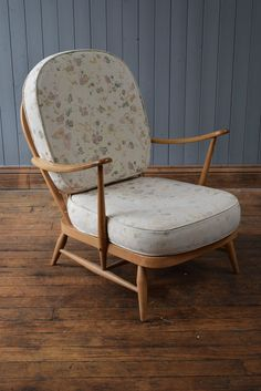 Vintage Retro Ercol Blonde Lounge Easy Chair Midcentury-  CAN DELIVER