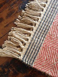 artisinal jute rug at Weaving Textiles, Weaving Patterns, Tapestry Weaving, Loom Weaving, Hand Weaving, Jute Rug, Woven Rug, Weaving Projects, Weaving Techniques