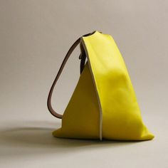 Wedge bag - Lemon yellow leather | scabbyrobot