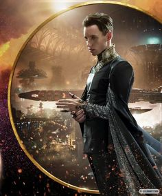 Eddie Redmayne movie costume from Jupiter Ascending Sombra Lunar, Jupiter Ascending, Eddie Redmayne, Fantastic Beasts And Where, Fantasy Costumes, Movie Costumes, Christen, Costume Design, Movies And Tv Shows