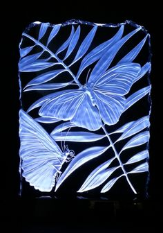 sandcarved art glass by Stuebner Glass Design butterfly design Acid Etched Glass, Sandblasted Glass, Fused Glass, Stained Glass, Glass Butterfly, Butterfly Design, Glass Engraving, Art Of Glass, Glass Ceramic