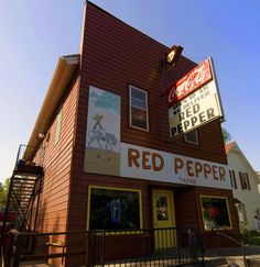 DISCOVER YOUR APPETITE: A #NorthDakota local staple, The Red Pepper has three locations; one in Fargo and two in Grand Forks. They boast simple yet satisfying taco-meat grinders, casual Mexican eats & hot dogs. Locals rave about their homemade sauce, and recommend you get extra.