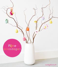 The week before the Easter holidays the one and only Yarnplaza Easter CAL will start! Decorate your Easter tree with the free cute little crochet patterns! Crochet Home, Free Crochet, Knit Crochet, Easter Tree Decorations, Handmade Decorations, Hanging Decorations, Crochet Patterns Amigurumi, Knitting Patterns, Crochet Decoration
