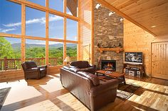 The weather is cold in the mountains. Great time to just curl up in front of the fireplace with friends. There is nothing like a roaring fire.    Weather for Gatlinburg, TN  27°F | °C  Mostly Sunny Chance of Snow Chance of Snow  Partly Cloudy  Wind: S at 6 mph