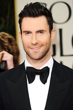 The Maroon 5 band member, singer-songwriter Adam Levine says bad painful acne on his face left him 'depressed' when he was in school. Maroon 5, Bradley Cooper, Adam Levine Haircut, Pretty People, Beautiful People, Beautiful Things, The Voice, Man Alive, Gorgeous Men