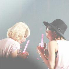 Yoona, Snsd, Taeyeon Fashion, Kim Tae Yeon, Girls Generation, Girl Group, Cowboy Hats, Bff, Love Her