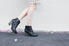 2 Fresh Ways to Style Your Shoes for the Weekend via @WhoWhatWear