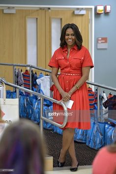US First Lady Michelle Obama smiles as she visits mothers-to-be at the United States and Nato military base in Vizenca on June Get premium, high resolution news photos at Getty Images Malia Obama, Barack Obama Family, Michelle Obama Fashion, Barack And Michelle, Us First Lady, Malia And Sasha, American First Ladies, African Dress, Her Style