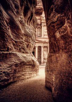 Petra | Jordan | photo arturo lavin :: I have always wanted to go to Petra.