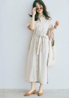 最旬おすすめワンピ♡ 可愛げホワイトと優し気ベージュ、あなたはどっち派? 結婚できる正解コーデ   withonline - 講談社公式 - (page 2) My Wardrobe, The Selection, Shirt Dress, Stylish, My Style, Casual, Pattern, With, How To Wear