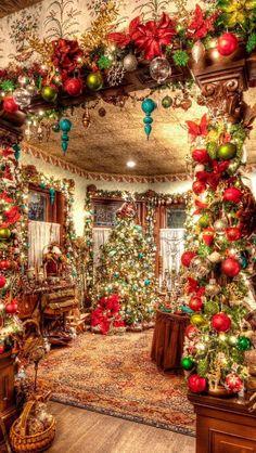 Christmas Decor Ideas - Happy Christmas - Noel 2020 ideas-Happy New Year-Christmas Christmas Scenes, Noel Christmas, Country Christmas, Christmas Crafts, Winter Christmas, Christmas Ornaments, Christmas Mantles, Cabin Christmas, Christmas Poster