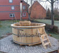 Thomas, Klein Escherde, Deutschland - Hot Tub Backyard, Bathing Costumes, Garden Design Plans, Landscape Plans, Jacuzzi, Garden Planning, Firewood, Hot Tubs, Terrace Ideas