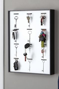 Organize your Walls by Nexxt  Cles Key Rack - Black  $19.00  was 42.99  56% off