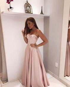 Sweet 16 Dresses, Pretty Dresses, Beautiful Dresses, Evening Dresses, Prom Dresses, Formal Dresses, Party Fashion, Fashion Show, Fairy Clothes