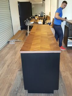 We Provide Furniture Delivery And Assembly Service For Offices And  Residential.