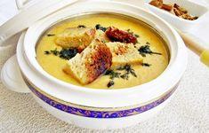 Supă cremă de dovlecel cu crutoane Romanian Food, Romanian Recipes, Cheeseburger Chowder, Hummus, Clean Eating, Tasty, Cooking, Ethnic Recipes, Soups