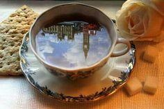 Tea in london. I can see it in my tea cup. Look out London! Canadian nurses in London. Chocolate Cafe, Big Ben London, Cuppa Tea, Foto Art, My Cup Of Tea, London Calling, High Tea, London England, Afternoon Tea