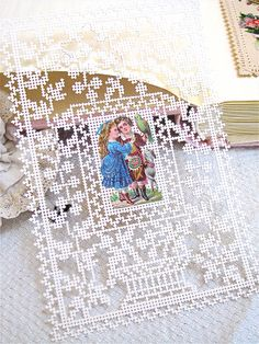 Linho e Alfazema: Perforated card