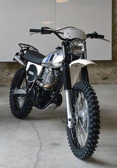 Ideas For Scrambler Motorcycle Yamaha Cars Yamaha Cafe Racer, Motos Yamaha, Yamaha Motorcycles, Cafe Racers, Honda Dominator, Triumph Bikes, Ducati, Trail Motorcycle, Tracker Motorcycle